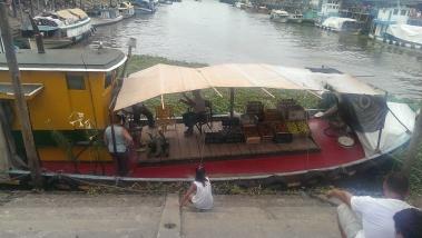 supermarket boat in the port of el tigre