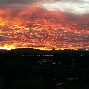 Sonnenuntergang etwas später - Sicht aus unserem Zimmer Hostal America del Sur