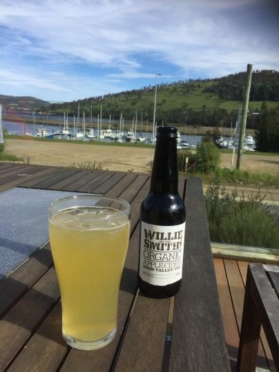 """Leckeres """"Feierabend"""" Cider aus Tasmanien"""